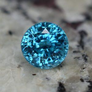 BlueZircon_round_8.1mm_4.66cts_zn3232