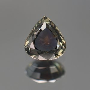 CCSapphire_pear_6.5x6.1mm_1.07cts_N_day_sa158