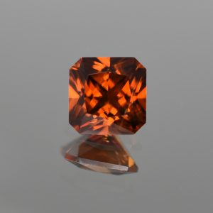 OrangeZircon_sq_radiant_8.6mm_4.31cts_N