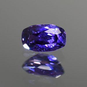 CCSapphire_cushion_8.4x5.1mm_1.74cts_N_primary_sa140