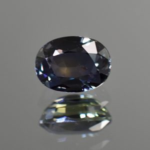 CCSapphire_oval_9.7x7.2mm_3.54cts_N_primary_sa146
