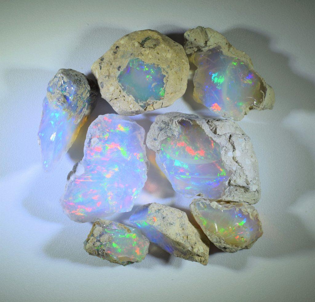 Opal_rough_a