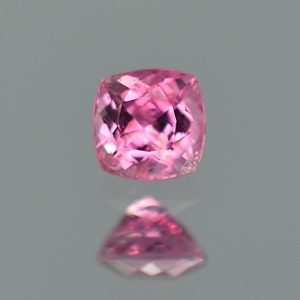PinkSpinel_cq_cush_4.7mm_0.61cts_sp418