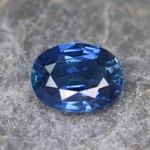BlueSapphire_oval_6.0x4.5mm_0.71cts_H_sa182
