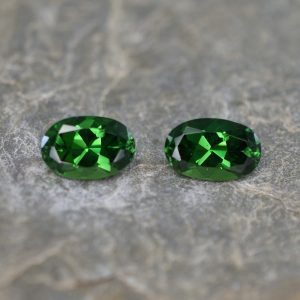 ChromeTourmaline_oval_pair_7.9x5.2mm_2.09cts_ct133
