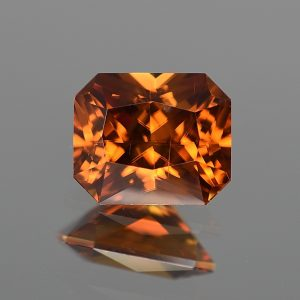 OrangeZircon_radiant_10.5x8.8mm_5.92cts_zn3194