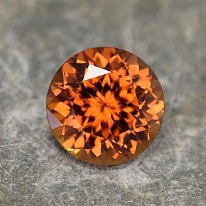 OrangeZircon_round_6.5mm_1.52cts_zn3272