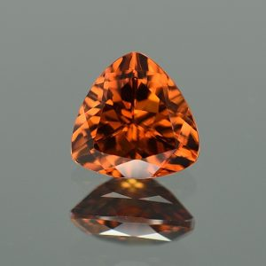 OrangeZircon_trillion_8.5mm_2.99cts_zn3189