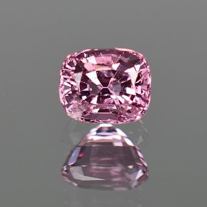 PinkSpinel_cushion_6.5x5.4mm_1.40cts_sp369
