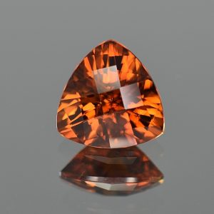 RedOrangeZircon_ch_trill_10.2mm_5.06cts_zn3197