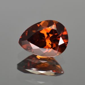 RedOrangeZircon_pear_11.9x8.9mm_5.47cts_zn3198