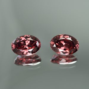 RoseZircon_oval_pair_14.9x10.3mm_23.37cts_zn199