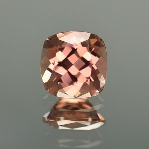 RoseZircon_sq_cush_9.0mm_5.02cts_zn3207