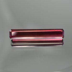 RubelliteTourmaline_eme_cut_36.1x6.5mm_13.74cts_N_tm1093