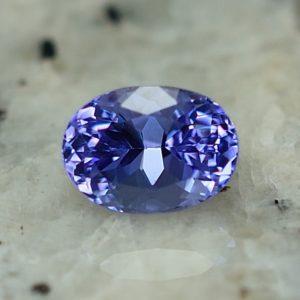 Tanzanite_oval_6.8x4.9mm_1.03cts_tz102