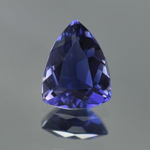 Iolite_drop_trillion_11.6x8.9mm_2.54cts_io104