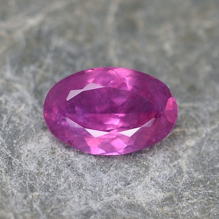 PinkSapphire_oval_8.0x5.3mm_1.13cts_N_sa353