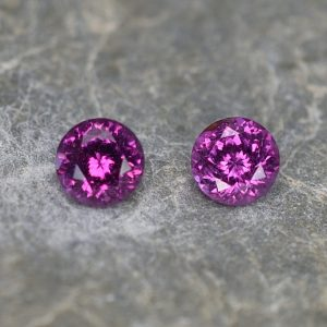 PurpleGarnet_round_pair_5.0mm_1.24cts_pl646
