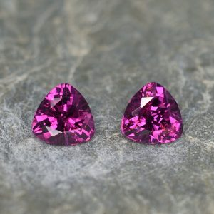 PurpleGarnet_trillion_pair_5.8mm_1.69cts_pl585