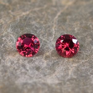 Ruby_round_pair_3.5mm_0.38cts_H_ru112