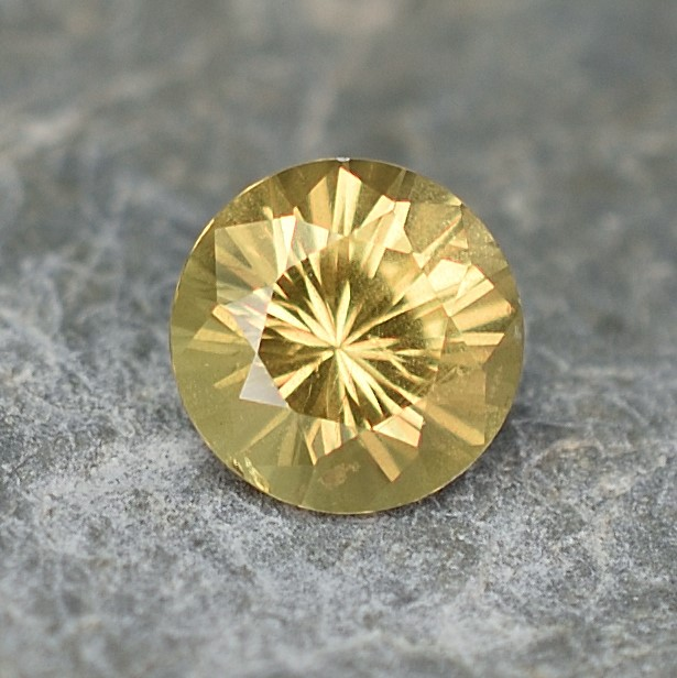 YellowSapphire_round_6.1mm_1.09cts_N_sa264