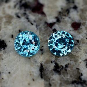 BlueZircon_round_pair_9.3mm_9.05cts_zn2345