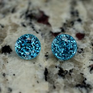 BlueZircon_round_pair_9.5mm_13.41cts_zn3004