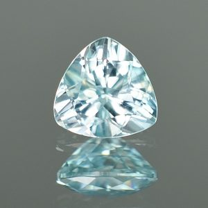 IceBlueZircon_trillion_7.5mm_2.23cts_a_zn1950