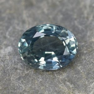 TealSapphire_oval_9.3x7.1mm_2.91cts
