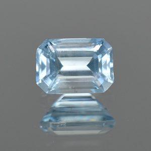 Aquamarine_eme_cut_7.7x5.5mm_1.29cts_aq212
