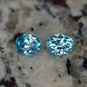 BlueZircon_oval_pair_8.5x6.8mm_5.03cts_zn810