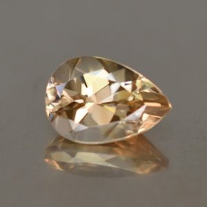 ChampagneZircon_pear_10.1x7.1mm_3.23cts_N_zn2710