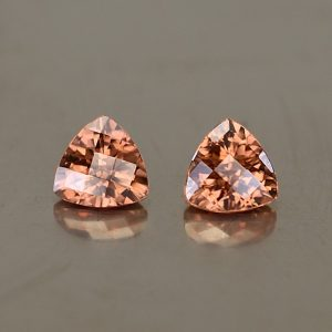 ImperialZircon_ch_trill_pair_5.0mm_1.38cts_zn2591