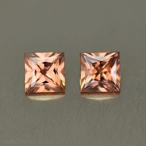 ImperialZircon_princess_pair_5.0mm_1.83cts_zn1591