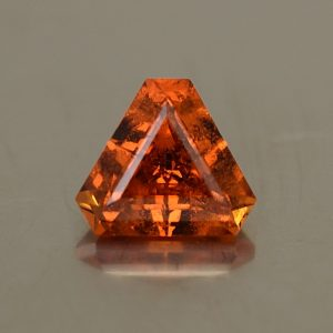 OrangeGrossular_triangle_6.0mm_0.99cts_og111