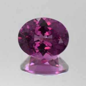 PurpleGarnet_oval_10x8mm_3.17cts_b_pl457