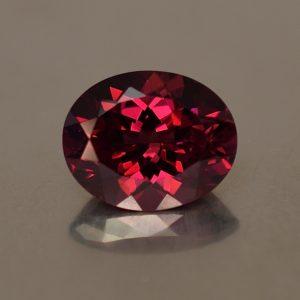 Rhodolite_oval_11.0x8.9mm_4.23cts_rh234