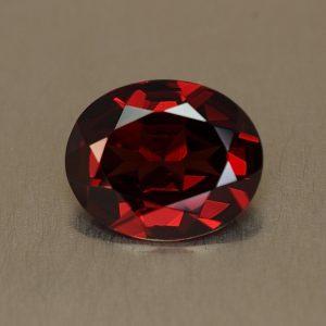 Rhodolite_oval_11.1x9.0mm_3.49cts_rh290