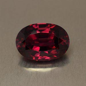 Rhodolite_oval_13.5x9.5mm_7.83cts_rh137
