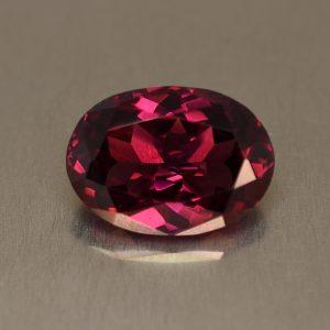 Rhodolite_oval_14.0x10.2mm_7.50cts_rh173