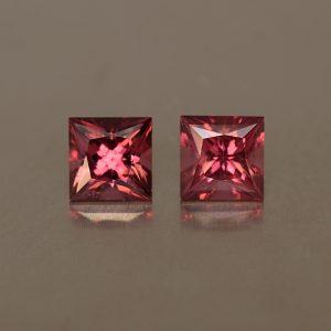 Rhodolite_princess_pair_5.0mm_1.63cts_rh227