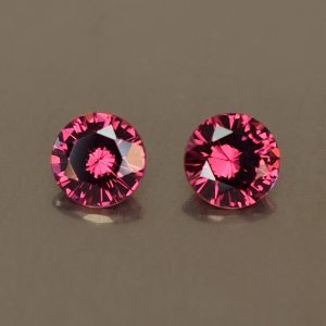 Rhodolite_round_pair_5.1mm_1.20cts_rh198