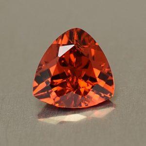 Spessartite_trillion_6.0mm_0.86cts_sg125