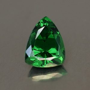 Tsavorite_drop_trill_7.4x5.8mm_1.19cts_ts245