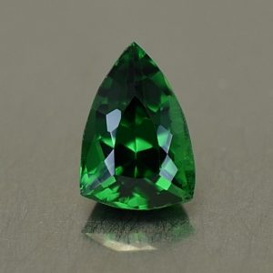 Tsavorite_drop_trill_7.7x5.3mm_1.15cts_ts329