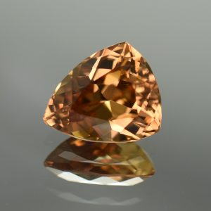 ChampagneZircon_drop_trill_13.7x11.3mm_9.62cts_N_zn574