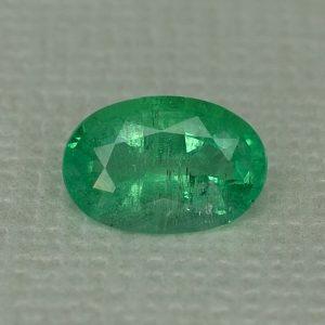 Emerald_oval_8.8x6.0mm_1.17cts_N_em115