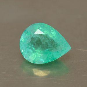 Emerald_pearshape_12.7x10.1mm_4.45cts_N_em130