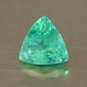 Emerald_trillion_7.0mm_0.98cts_N-em111
