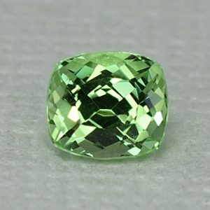 MintGrossular_cushion_5.6x5.0mm_1.02cts_mg237